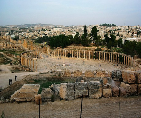 Jerash cardo and forum