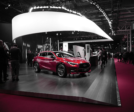 infiniti-stand-at-the-paris-motor-show