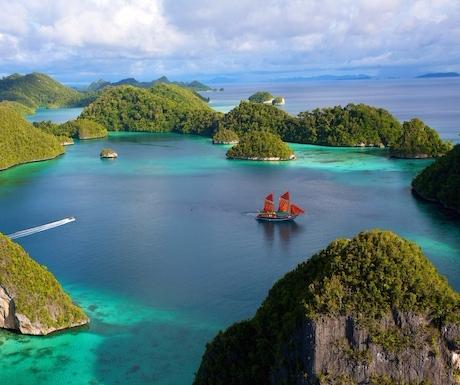 2). Tiger Blue, Raja Ampat Islands, Indonesia