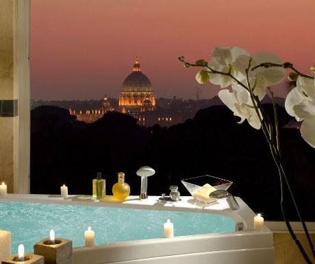 Parco dei Principi Grand bath with plcae views-1