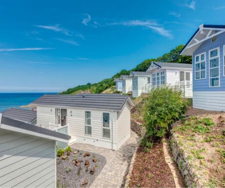 Beach Cove Coastal Retreat - Beach Hut