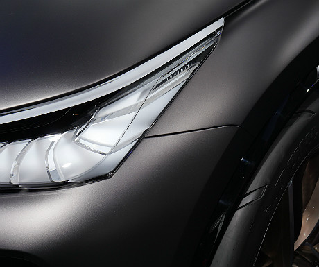 infiniti-concept-car-headlight