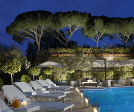 Parco dei Principi Grand Hotel pool during night