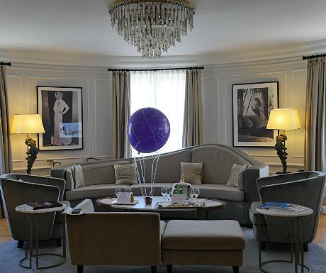 Hotel Maria Cristina Bette Davis apartment vital area