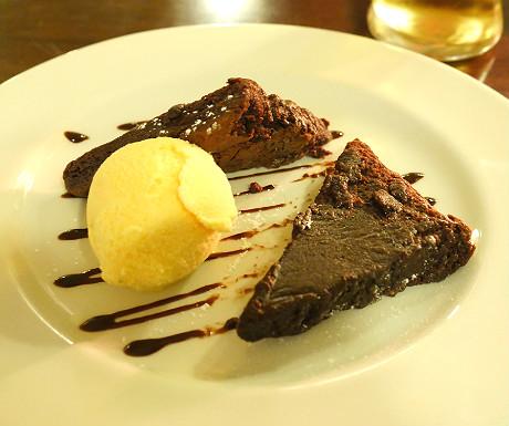 bw-beaumont-hotel-dessert