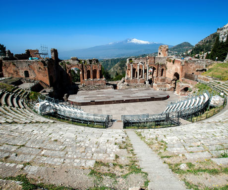 Sicilian enlightenment debate - Greek amphitheater during Taormina