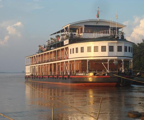 Cruise on a Irrawaddy