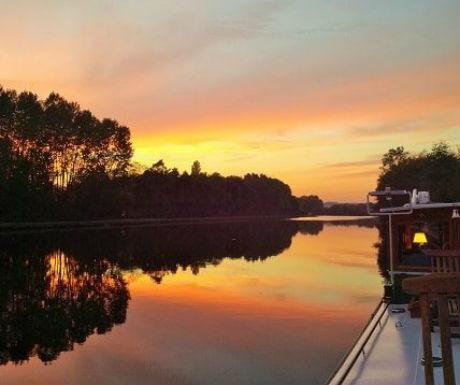 Bordeaux oppulance boat journey sunset