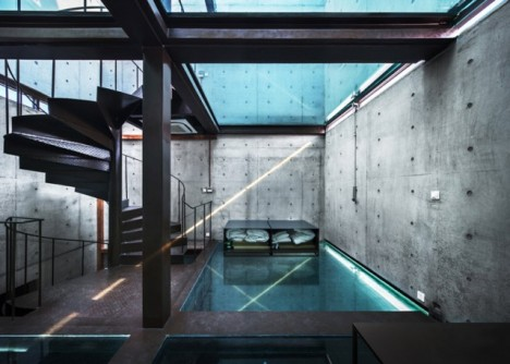 glass roof house