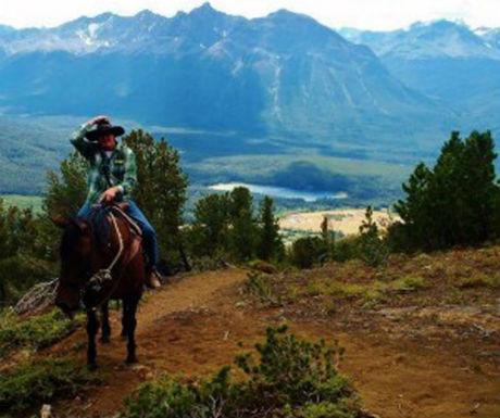 Chilko Experience horseriding