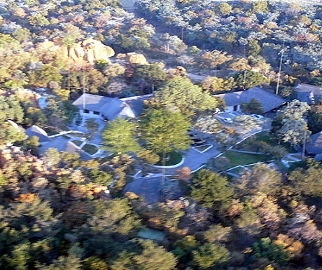 Aerial perspective of Monate Game Lodge