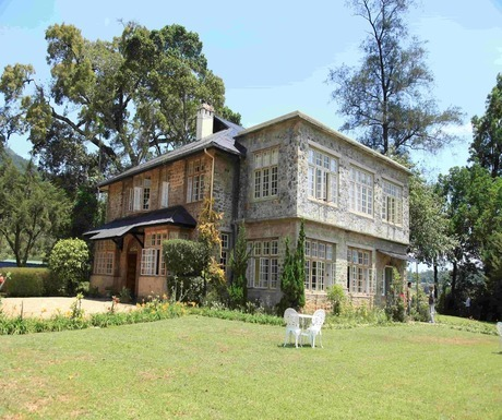 Taylors-Hill-Kandy-Sri-Lankajpg