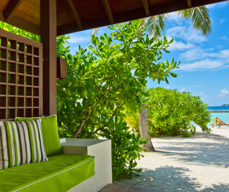 kurumba-maldives-superior-room
